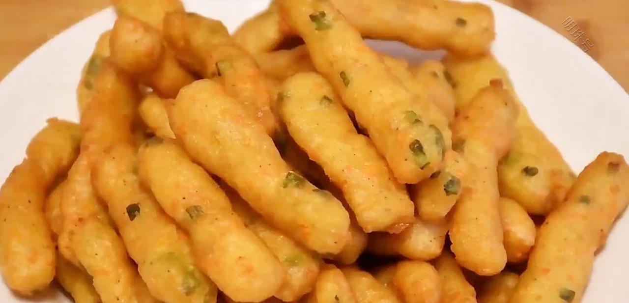 土豆不要炒着吃,加工一下就变得特别香,做法简单,吃着美味