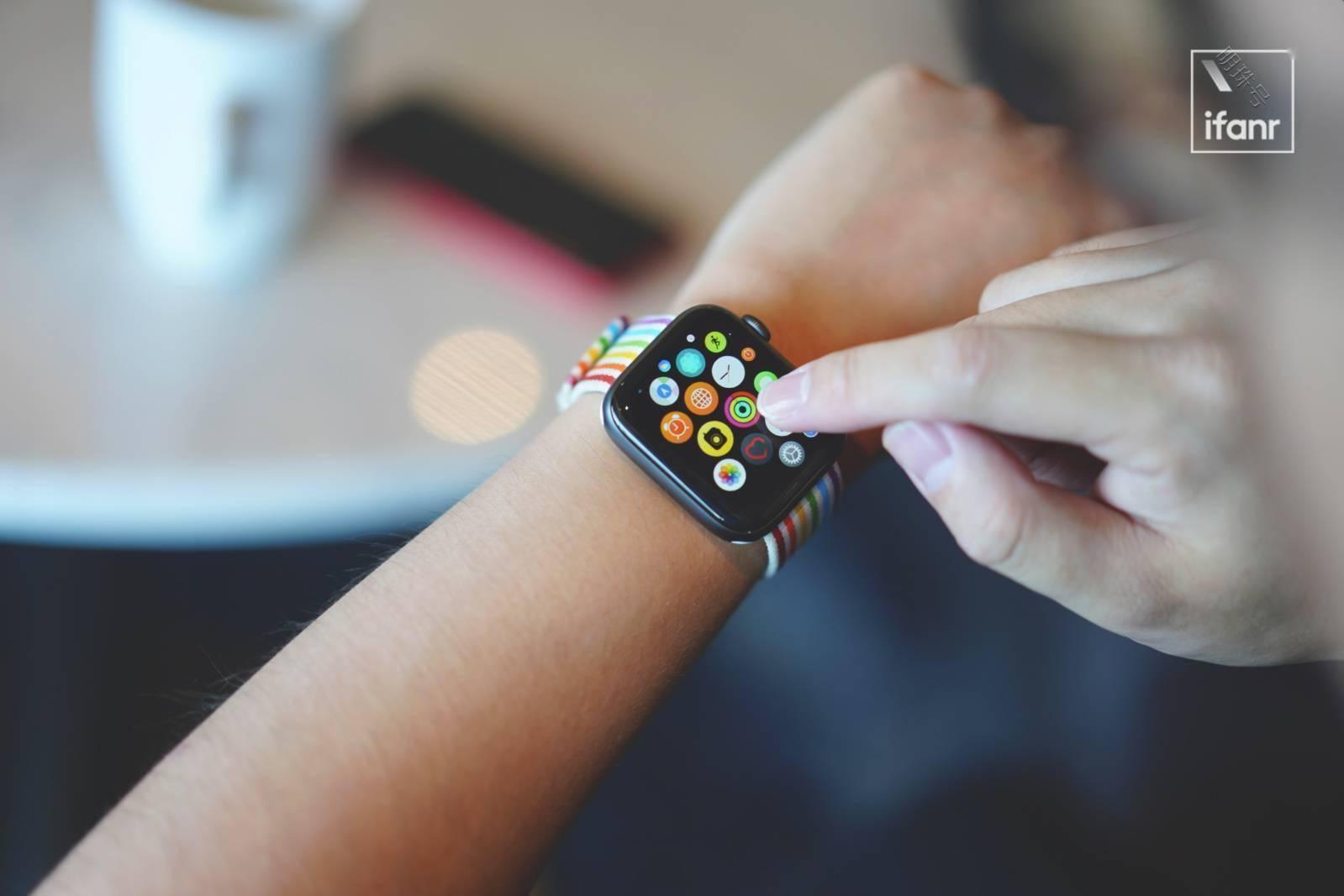 屏幕边框更窄、性能更强applewatch7大变样?