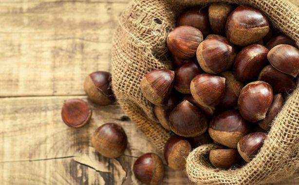 老年人常用玉米搭配板栗,补充营养,延缓衰老,好处多多
