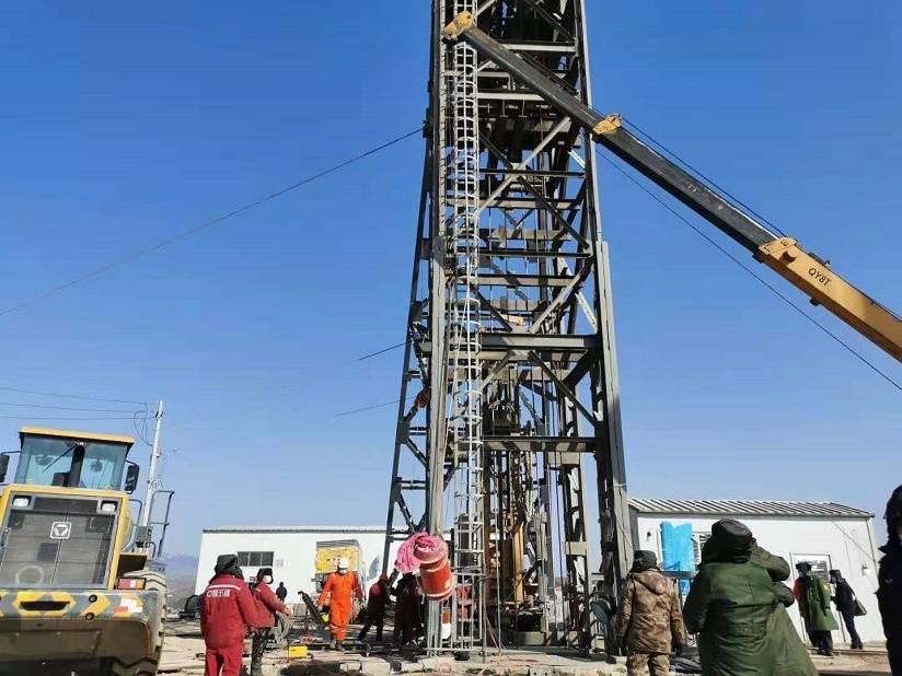 栖霞金矿救援最新进展:已送下4次营养液 两位矿工体力好转