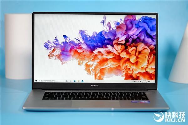升级11代酷睿 荣耀轻薄本MagicBook 15图赏