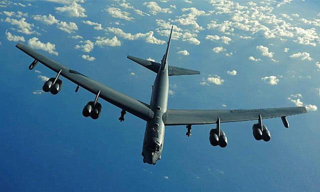 """世界上""""最大""""的轰炸机,比B52和图160还大,如今已退役!"""