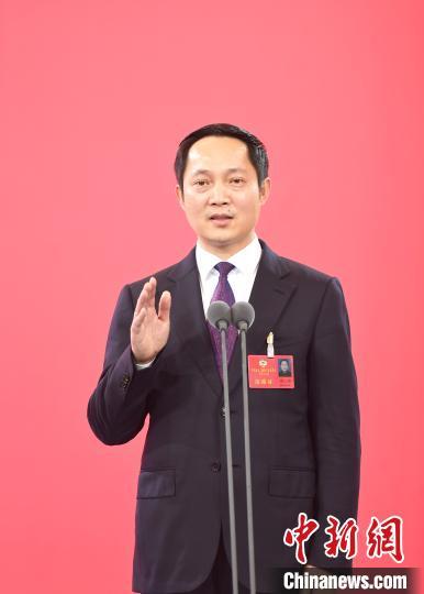 浙江省政协委员蔡小雄:要培养学生的人文精神和家国情怀