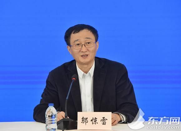 返乡人员集中核酸检测排长队怎么办?上海将延时服务并增加采样点位