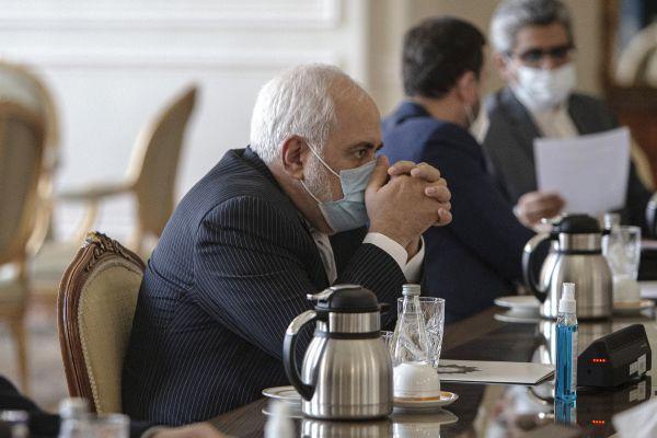 伊朗外长:和欧洲不同,中俄想方设法履行伊核协议