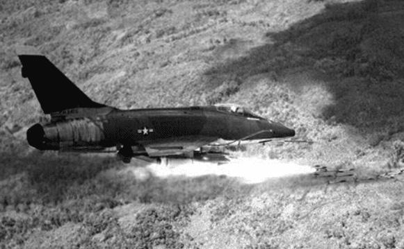 美战机越南战场展示能力,引苏联全面关注,拆卸后运回