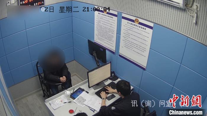 上海首例!一男子因涉嫌高空抛物罪被依法刑事拘留