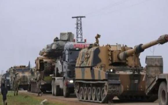 美军与叙平民对峙,被包围其中无力自救,俄方到来成功