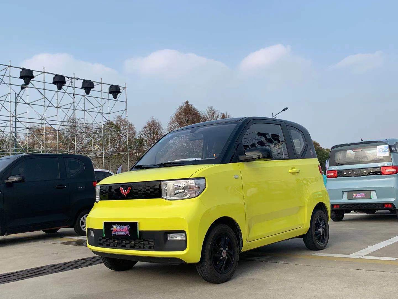与潘通合作 五菱宏光MINIEV将于三月份推出全新配色