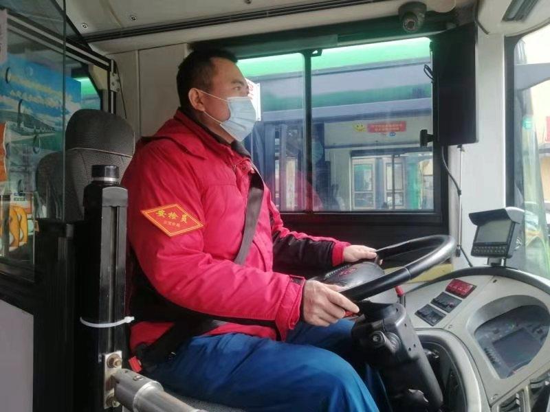 【身边雷锋】公交司机陈建权:哪里有困难哪里就有他的身影