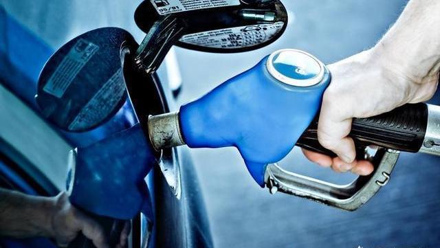 92号和95号汽油究竟有啥区别?加油站员工说漏嘴,车主直呼坑爹!