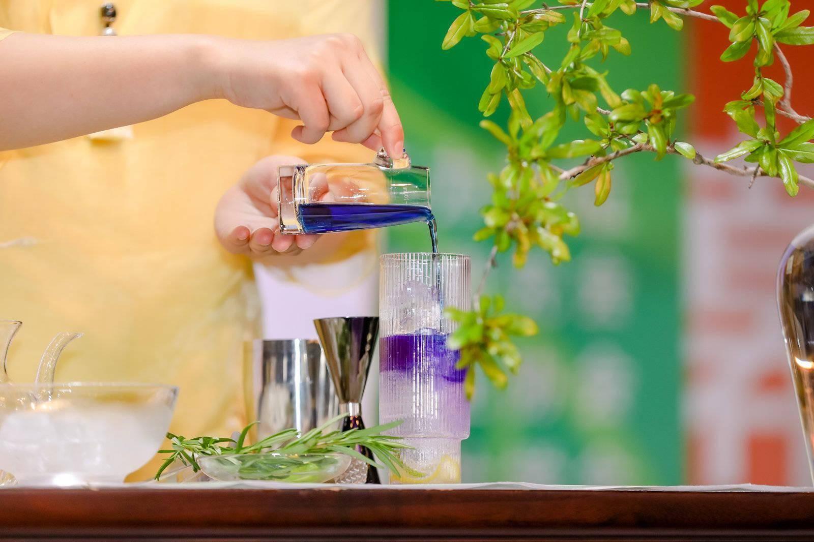 国茶调饮大赛、揭开茶的健康奥秘高峰论坛新奇袭来