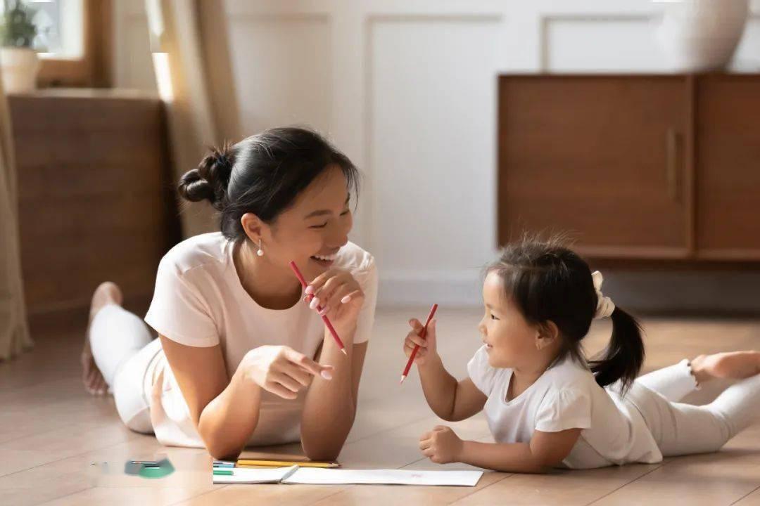 """《小舍得》中的""""鸡娃""""""""虎妈""""引发热议,我们究竟该如何培养孩子?"""