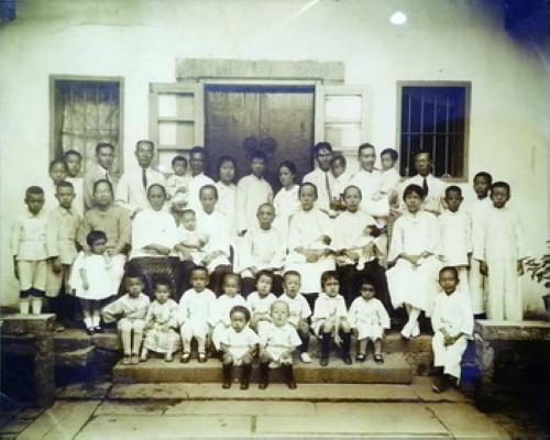 """""""林语堂家族全家福""""回归厦门 收藏者:这张合照摄于1926年"""