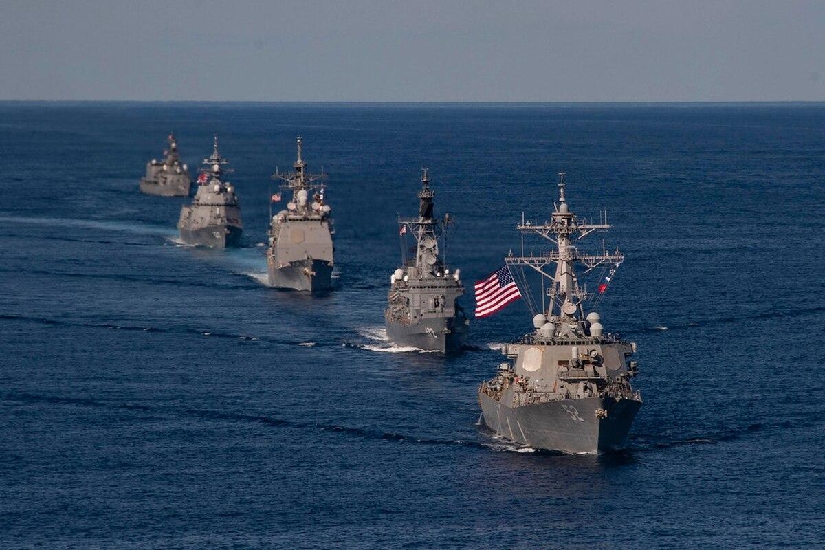 俄罗斯放出狠话,美舰取消进驻黑海,拜登已低头,泽连斯基押错宝