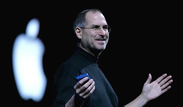 苹果、脸书 10 年前就杠上!乔布斯曾戏称对方是「屎书」