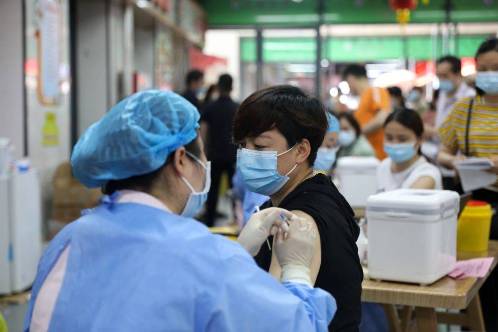 病毒太狡猾!重视疫苗,加快接种