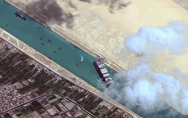 """苏伊士运河管理局调查认定:""""长赐号""""船长为搁浅事故负全责"""