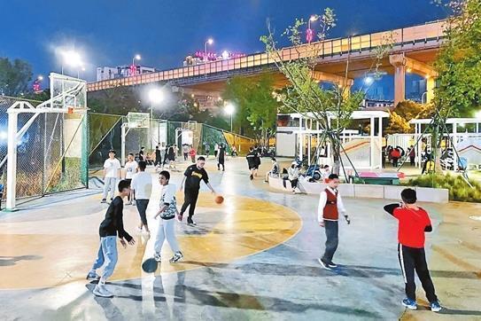 昆明:立交桥下打造文体活力空间