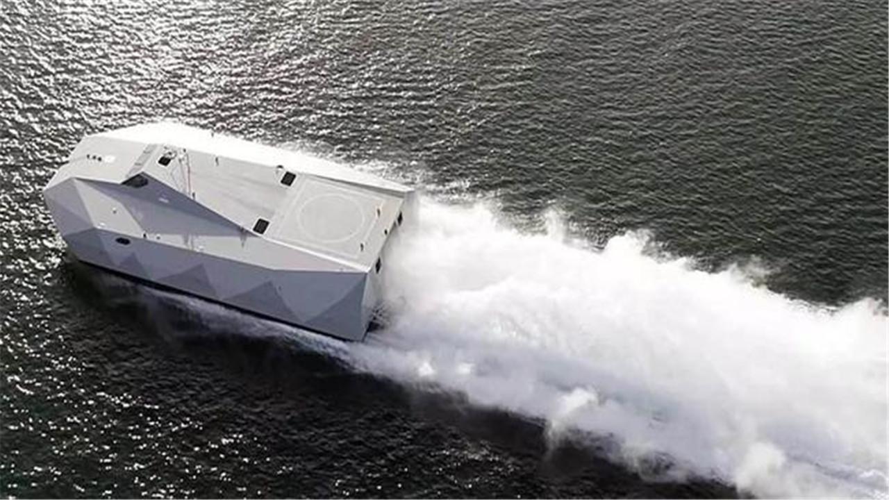 美最新隐身攻击舰亮相,每分钟轻松飞驰1833米,这下谁