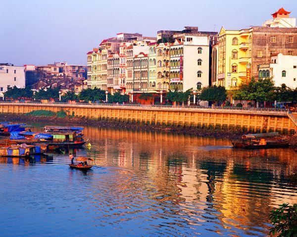 """继广西北海后,又发现一座""""养老城市"""",不是梧州也不是玉林"""