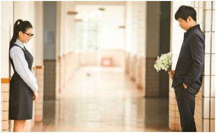 小叔子结婚,夫妻赶回去参加婚礼,半路收到一条短信,俺哭着离婚