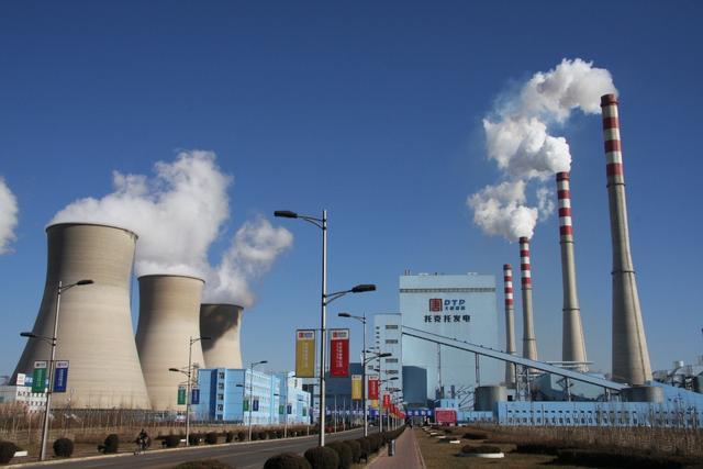 中国电力系统每天发那么多电,那些没用完的电,最后去哪了?