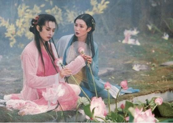 蛇真的有灵性?黑龙江女子和蛇同住15年,前前后后加起来几十条