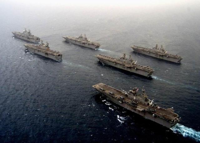 美俄火药味加重,俄军多艘舰艇挺进后花园,距离美国本
