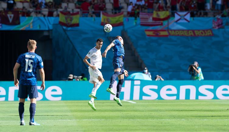 西班牙创101年尴尬纪录!队长归来斩获欧洲杯之星,赛
