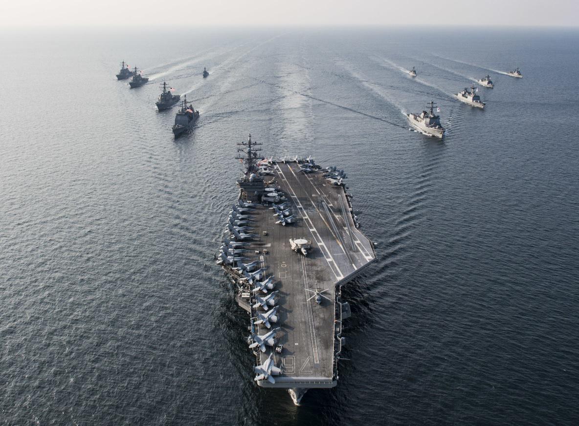 承认航母不够用!美海军里根号被迫离开南海,去支援阿