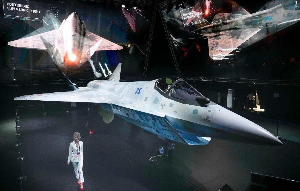俄媒:俄国防出口公司在莫斯科航展上已签约超10亿欧元