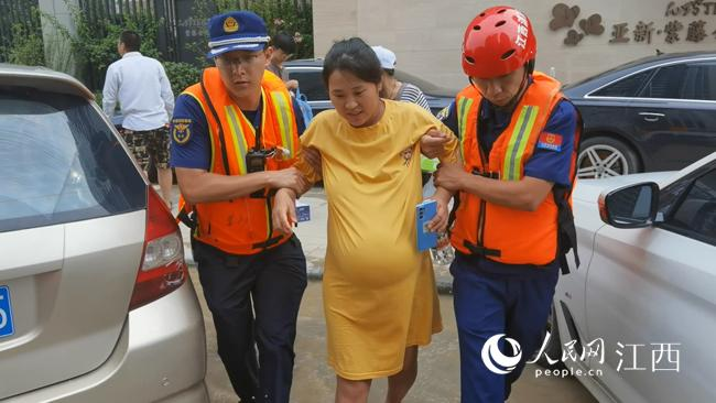 一名孕妇和江西消防员的约定