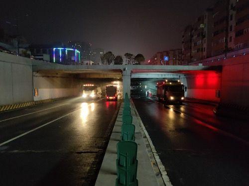 历时50多个小时 郑州京广路段淮河路口隧道积水排空