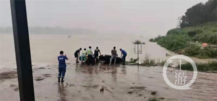 重庆再现救人好市民!打工人江边勇救溺水少年不幸遇难