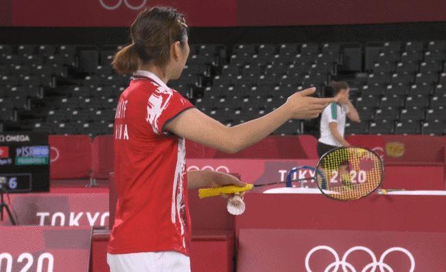 0-1到2-1!国羽女双击败韩国,霸气3连胜获小组第1,争冠有戏