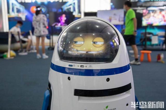 """牛年春晚最强舞伴""""牛犇犇""""来了,青岛机器人城市公园带你感受人工智能独特魅力"""