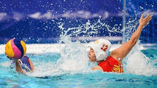 太气人了!日本选手竟压在中国运动员身上,裁判竟然选择无视