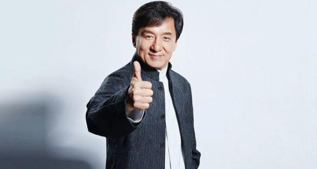 成龙、林凤娇被曝离婚分亿万家产,忍39年,终于露出真