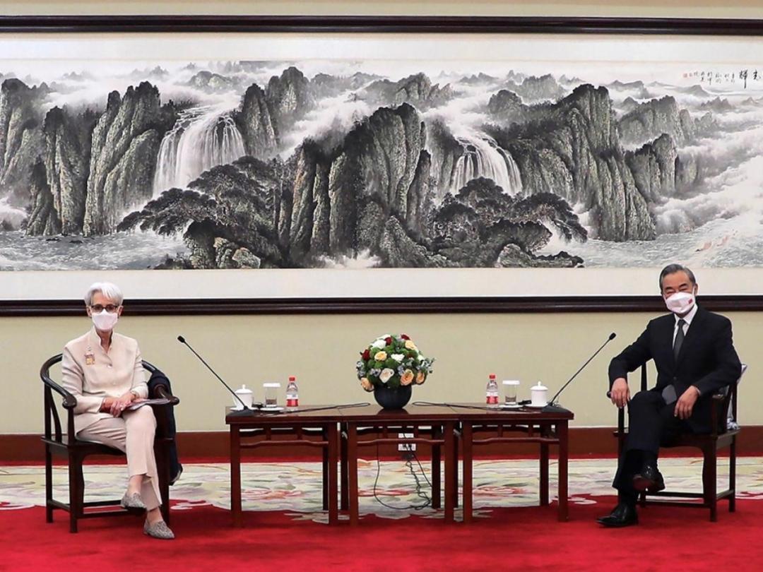 事关中美关系,7月26日,王毅当着全世界的面,对美提出三点要求