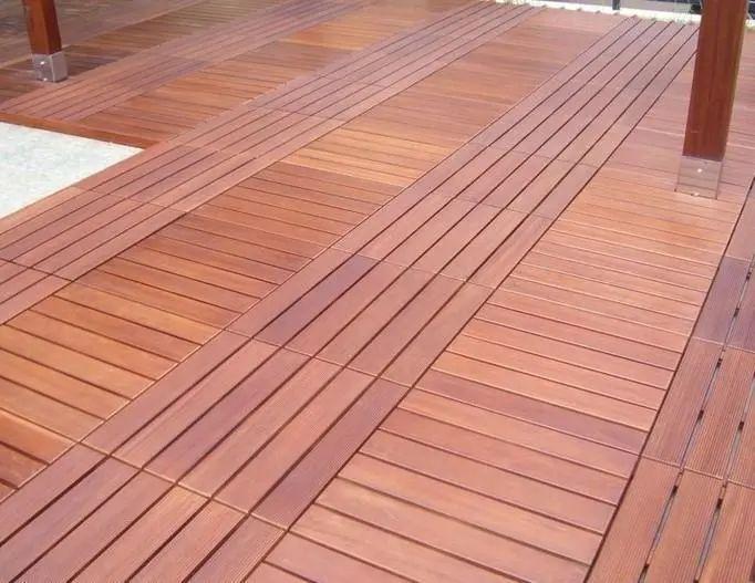 家庭装修别再用木地板了,现在有钱人都用这种材料,经济又实惠