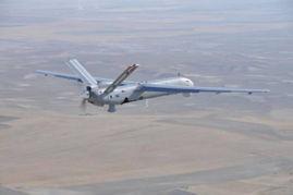 伊朗本土操控无人机,千里之外袭击美目标,白宫愤慨:技术哪来的