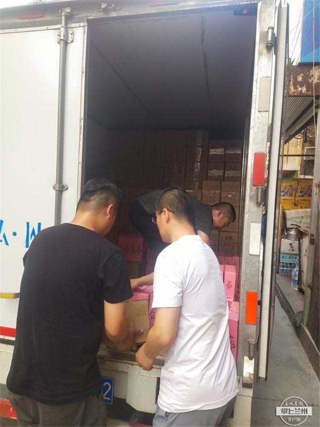 暖!退役军人李大帅和朋友捐赠200箱自产肉干驰援河南灾区