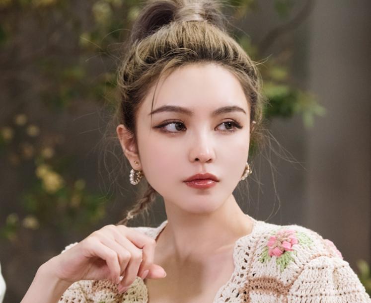 周扬青承认与罗昊恋情:只有告别错的,才能迎接对的