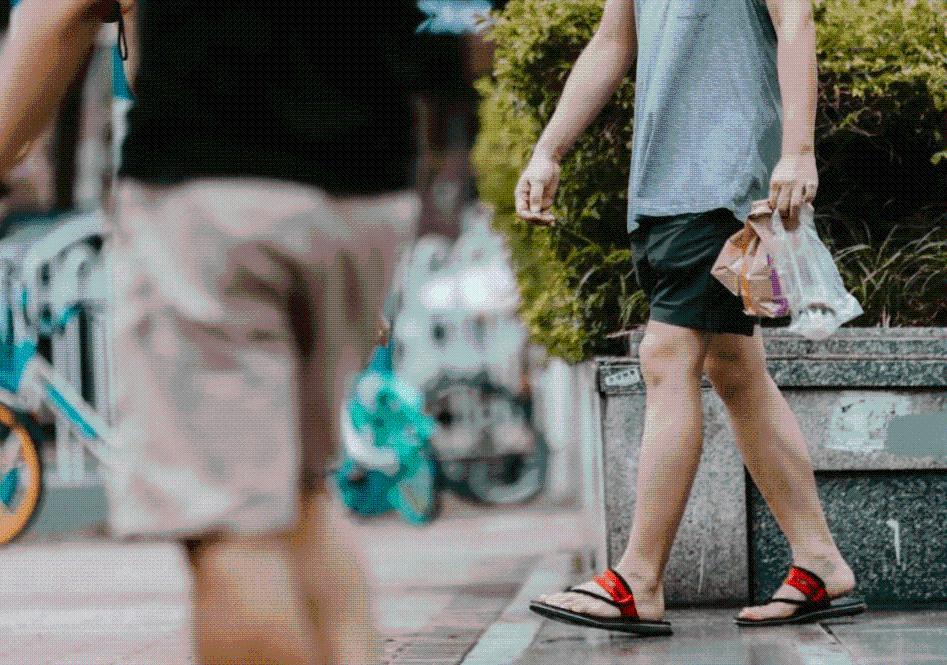 """中国有座""""不讲究""""的城市,即便是千万富豪,也穿着几十元的衣服"""