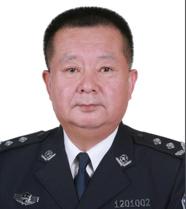 天津监狱管理局原局长梁清海被查