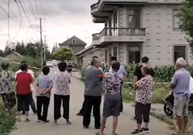 江苏发生重大刑案疑致3人死亡,知情人:男子杀害妻子和孩子后自杀