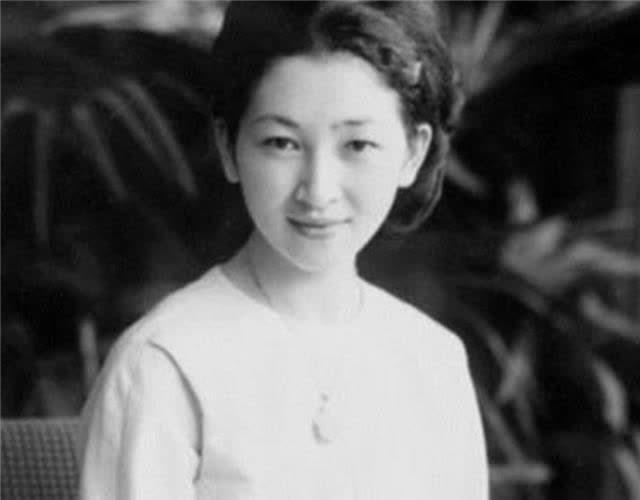 日本最美皇后:被天皇求婚,跟婆婆恶斗59年,死后不与天
