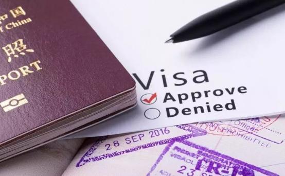 难怪美国不给发签证!美高校发布最新报告,给白宫敲响