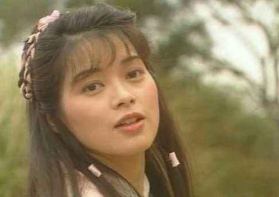 她曾是刘德华暗恋的人,因不满圈内潜规则息影,今卖保险谋生活